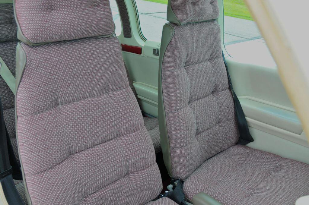 1992 Beechcraft Bonanza F33A interior.