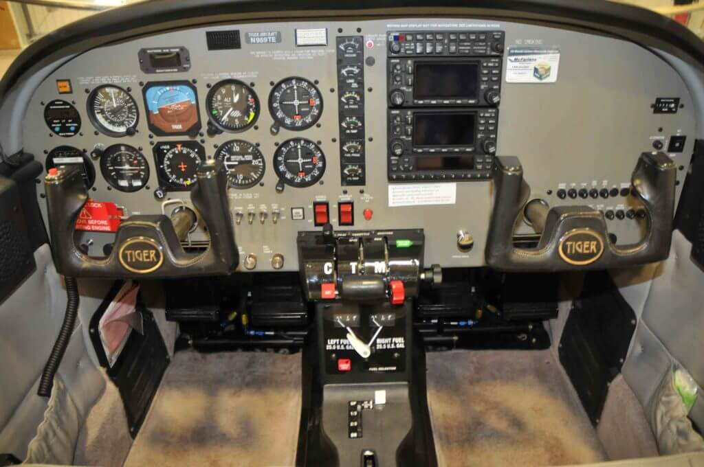2004 American General Tiger instrument panel.