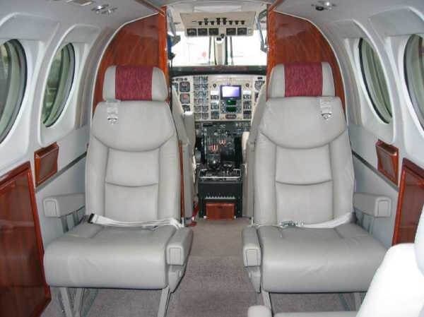 Beechcraft King Air main cabin.